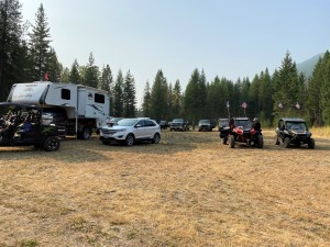 USFS-permitted parking area on Highline Road - no OHVs are allowed on this route without a permit.