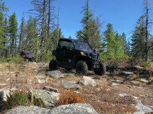 Mike Hopkins in his Can-Am in the boulder field approaching the 1st viewpoint