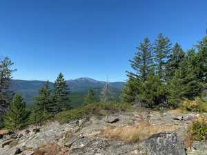 View west from the 1st viewpoint