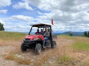There's plenty of parking at the radar dome site - OHVs aren't allowed without a USFS permit, but cars and trucks can access this easily - the roads are quite rutted, however.
